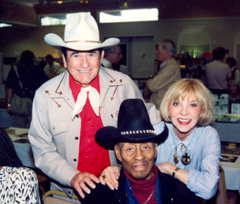 Montie Montana, Woody Strode and Beverly Garland at a Hollywood Collector's Show in 1994. (Photo courtesy Kelo Henderson.)