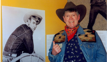 "Will Hutchins remember his ""Sugarfoot"" image at a 2003 Hoover Presidential Library exhibit and western symposium staged by Boyd Magers."