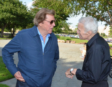 Edd Byrnes and Robert Conrad discuss old times at Warner Bros.