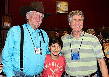 "Don Colliers (""Outlaws"", ""High Chaparral"") poses with festival attendees."