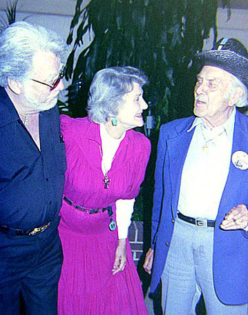 The King of the Bullwhip, Lash LaRue, Republic leading lady Peggy Stewart and perenial badman Terry Frost at the Portsmouth, OH, 1990 film festival. (Photo by Grady Franklin.)