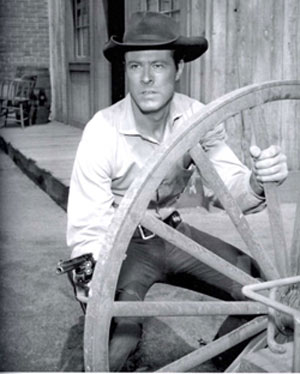 "Robert Culp as Hoby Gilman on ""Trackdown""."