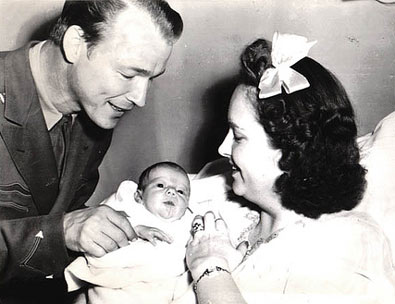 Roy and Arlene Rogers with their newborn Linda Lou. The baby was born April 19, 1943 and weighed 6 and a half pounds. (Thanx to Bobby Copeland.)
