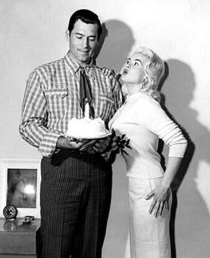 Not sure what is one year old...but it's sure an interesting photo of Clint Walker and Jayne Mansfield. (Thanx to Terry Cutts.)
