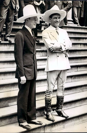 New York Jimmy Walker in 1928 with Tom Mix. (Thanx to Bobby Copeland.)
