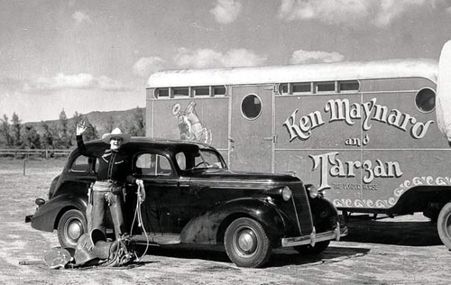 Ken Maynard beside Tarzan's horse trailer. (Photo courtesy Bobby Copeland.)