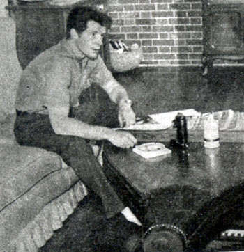 "Robert Horton, aka Flint McCullough on ""Wagon Train"", relaxes at home. (Thanx to Terry Cutts.)"