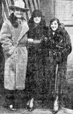 Tom Mix with his third wife Mabel Ward and daughter Ruth Mix outside an Erie, PA, courtroom on January 21, 1933, where Col. Zack Miller, former operator of the 101 Ranch in Oklahoma, was suing Mix for $342,000 in damages on charges of breach of contract.