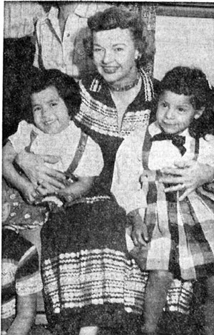 Dale Evans was at the September 1957 New Mexico State Fair as well; shown here with four and half year old daughter Debbie (left) and five and half year old Dodie (right).