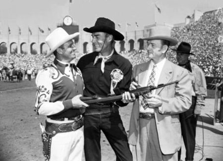 Gene Autry and Randolph Scott at the Los Angeles Sheriff's Rodeo. Circa mid '50s. (Thanx to Jerry Whittington.)