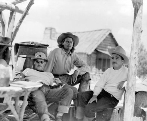 "aking a break between scenes of ""Buffalo Bill"" ('44 20th Century Fox) are (L-R), director William Wellman, Joel McCrea and unknown . (Thanx to Jerry Whittington.)"