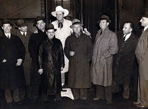 Gene and a group of theatre owners. (Thanx to Jerry Whittington.)