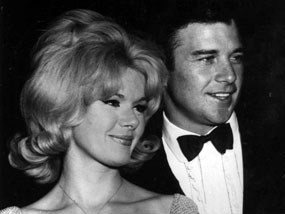 "Husband and wife Connie Stevens (""Hawaiian Eye"") and James Stacy (""Lancer""). The couple were married from Oct. '63 til Nov. '66. (Thanx to Terry Cutts.)"
