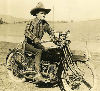 Tom Mix trades Tony for another mode of transportation. (Thanx to Bobby Copeland.)