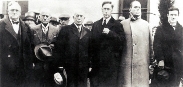 Pallbearers at Wyatt Earp's memorial service in 1929 were (L-R) W. J. Hunsaker (Earp's attorney in Tombstone and noted L.A. attorney), George Parsons (member of Tombstone's Committee of Vigilance), John Clum (former Tombstone mayor and editor of the TOMBSTONE EPITAPH), silent star William S. Hart, Wilson Mizner (friend of Wyatt's during the Klondike Gold Rush) and cowboy star Tom Mix. (Thanx to Bud Norris.)