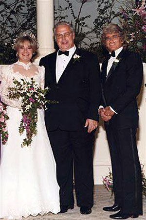 "Michael Landon was Best Man at Kent and Susan McCray's wedding on January 28, 1984. McCray was production manager on ""Bonanza"" and ""High Chaparral"". Susan was casting director on many Landon productions. (Thanx to Marianne Ritner-Holmes.)"