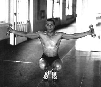 Tom Tyler always kept in shape. In 1928 he won the Amateur Athletic Union (AAU) Heavyweight Weight Lifting Championship by lifting 760 pounds, a record that stood for 14 years.