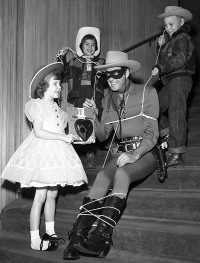 The Lone Ranger (Clayton Moore) roped and tied for the Heart Foundation. (Thanx to Carmen Sacchetti.)