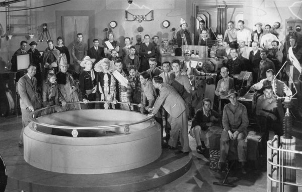"The cast and crew of Gene Autry's ""Phantom Empire"" ('35 Mascot)."