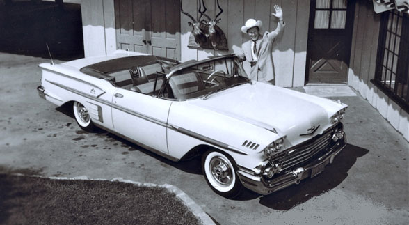 Roy Rogers at home in 1958 with his new Chevy.