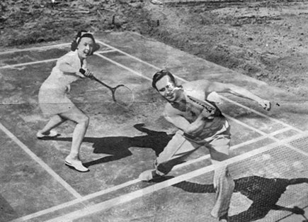 Gene and Ina Autry in a doubles tennis match in the '40s. Wonder who was on the other side of the net? (Thanx to Billy Holcomb.)