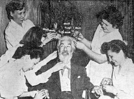 "Gabby Hayes gets a lot of female attention as he's spruced-up for the premiere of ""El Paso"" in El Paso on March 25, 1949."