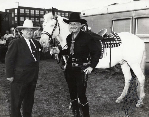 Hopalong Cassidy and Topper with Sheriff Chris Edell in Passaic County, NJ. (Thanx to Billy Holcomb.)