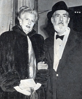 Gabby Hayes and wife Olive Ireland in 1953. Gabby was 68. The couple were married from 1914 til her death in 1957. She was also known as Dorothy Earle in vaudeville.